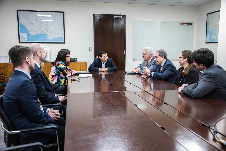 MTC y Banco Mundial suscriben acuerdo para mejorar el régimen de la banda ancha en el Perú