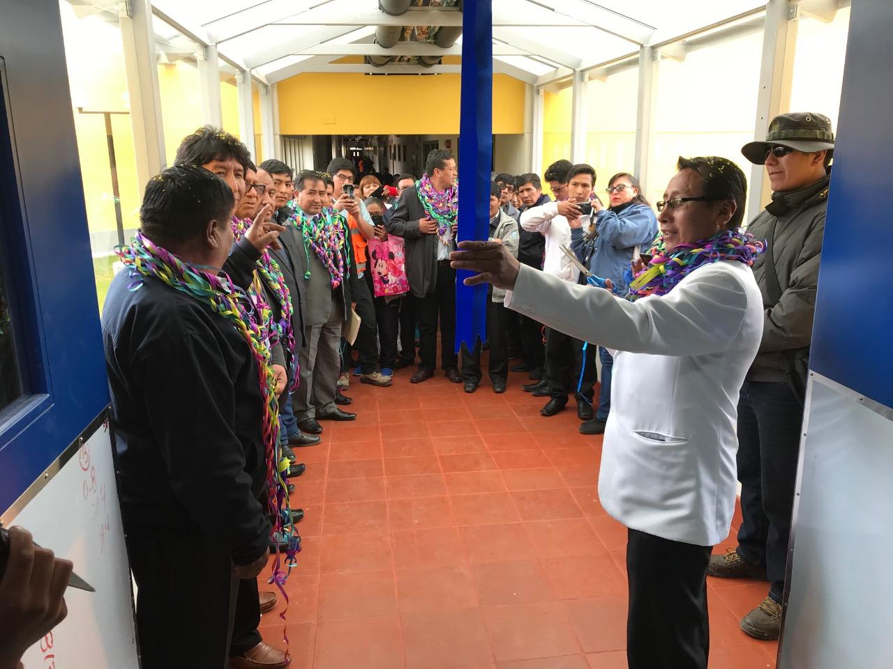 Gobierno Regional de Puno y Consorcio Telefónica, BCP y Pacífico entregan nuevo Hospital en Macusani