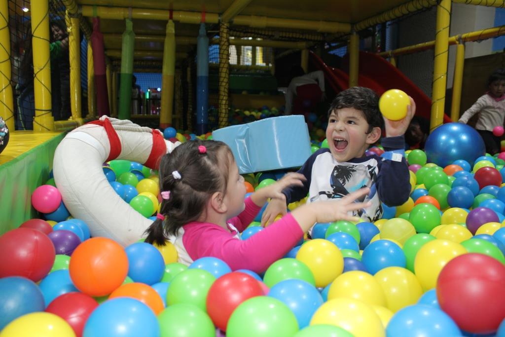 """egó a HappylanLlegó a Happyland de Mall Plaza Bellavista uno de sus juegos más divertidos """"Soft Play""""d de Mall Plaza Bellavista uno de sus juegos más divertidos """"Soft Play"""""""