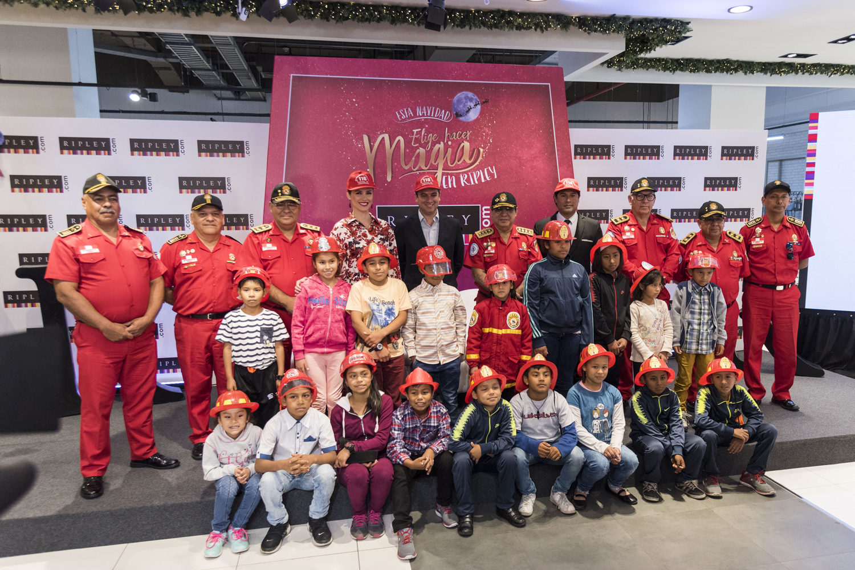 Ripley reconoce labor del Cuerpo de Bomberos Voluntarios del Perú