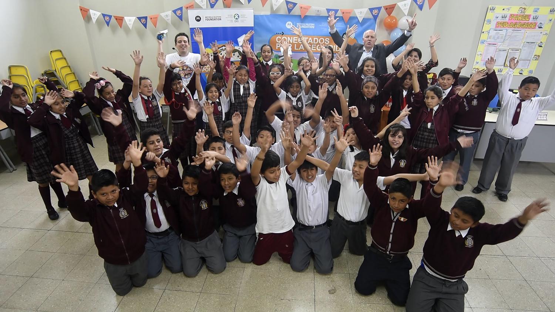 """Con """"Conectados Por La Seguridad"""" de Motorola Solutions, los niños peruanos aprendieron cómo actuar en situaciones de emergencia"""