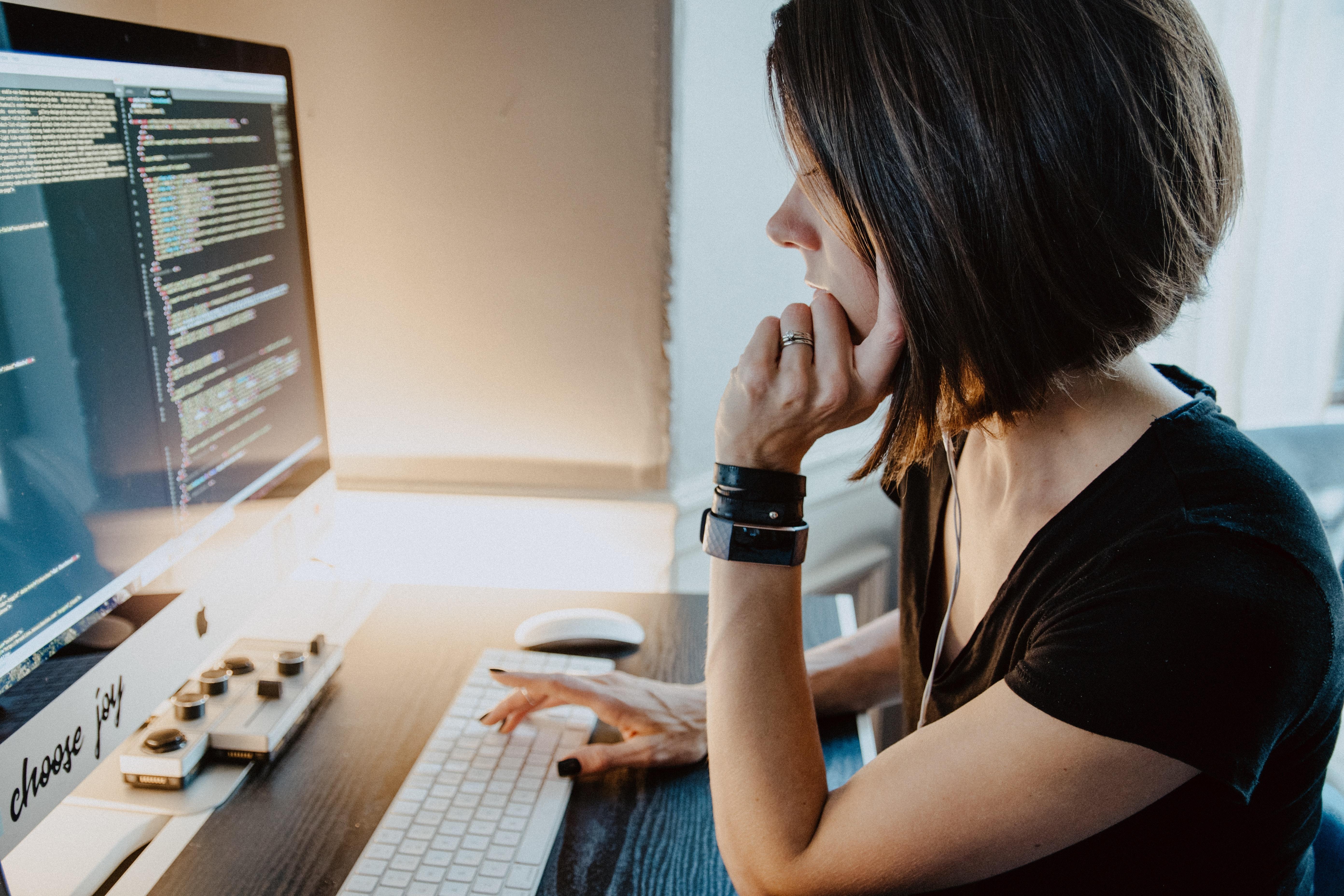 Más de 20,000 puestos de trabajo en áreas digitales quedaron sin cubrir en el 2020
