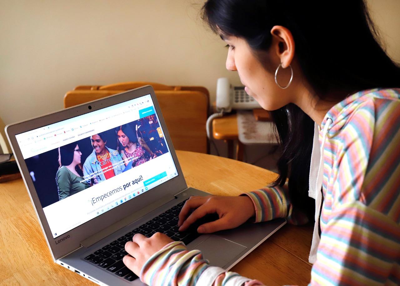 """Se relanza portal web """"Ponte en Carrera"""" para apoyar a los jóvenes a decidir sobre su futuro profesional"""