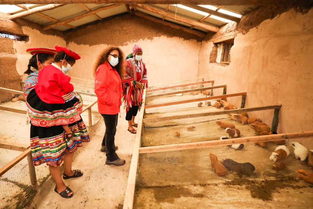 Ministra Silvana Vargas supervisó servicios de Cuna Más y Foncodes que benefician a más de 17 mil familias en la región Cusco