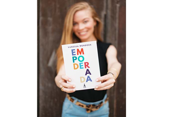 """Empoderada"" libro ideal para todas las mujeres"