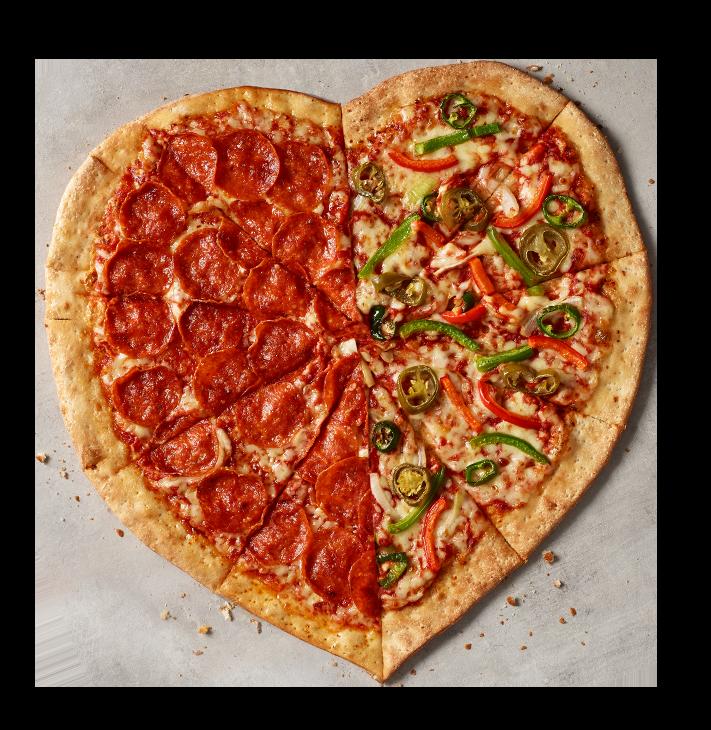 Celebra San Valentín con la nueva pizza en forma de corazón de Papa John's