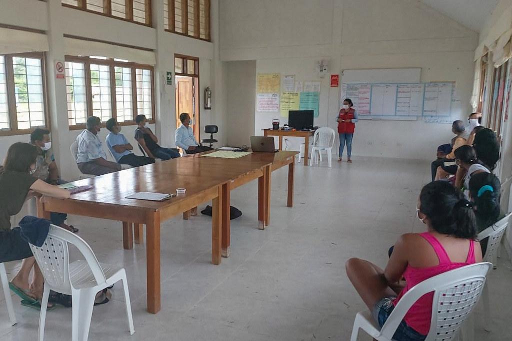 Loreto: Familias de comunidades nativas se capacitan para iniciar reforestación de árboles de Palo Rosa en frontera con Colombia