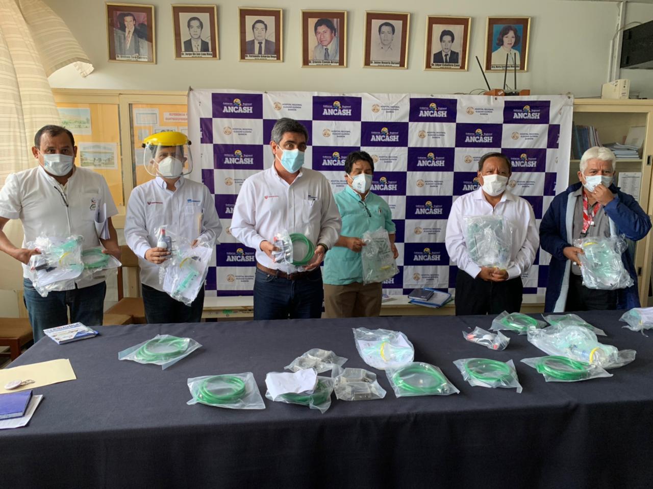 Hospital Regional de Chimbote recibe donación de concentradores de oxígeno por parte de SIDERPERU