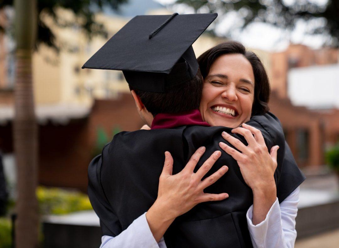 Seguro de protección de pagos puede cubrir pensiones mensuales escolares o universitarias de hasta S/3,500 por 5 meses