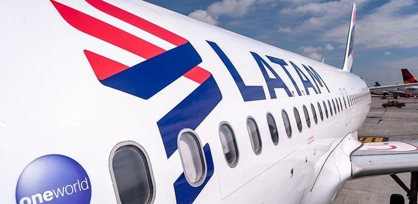 Grupo LATAM ajusta proyección operacional a 25% en abril