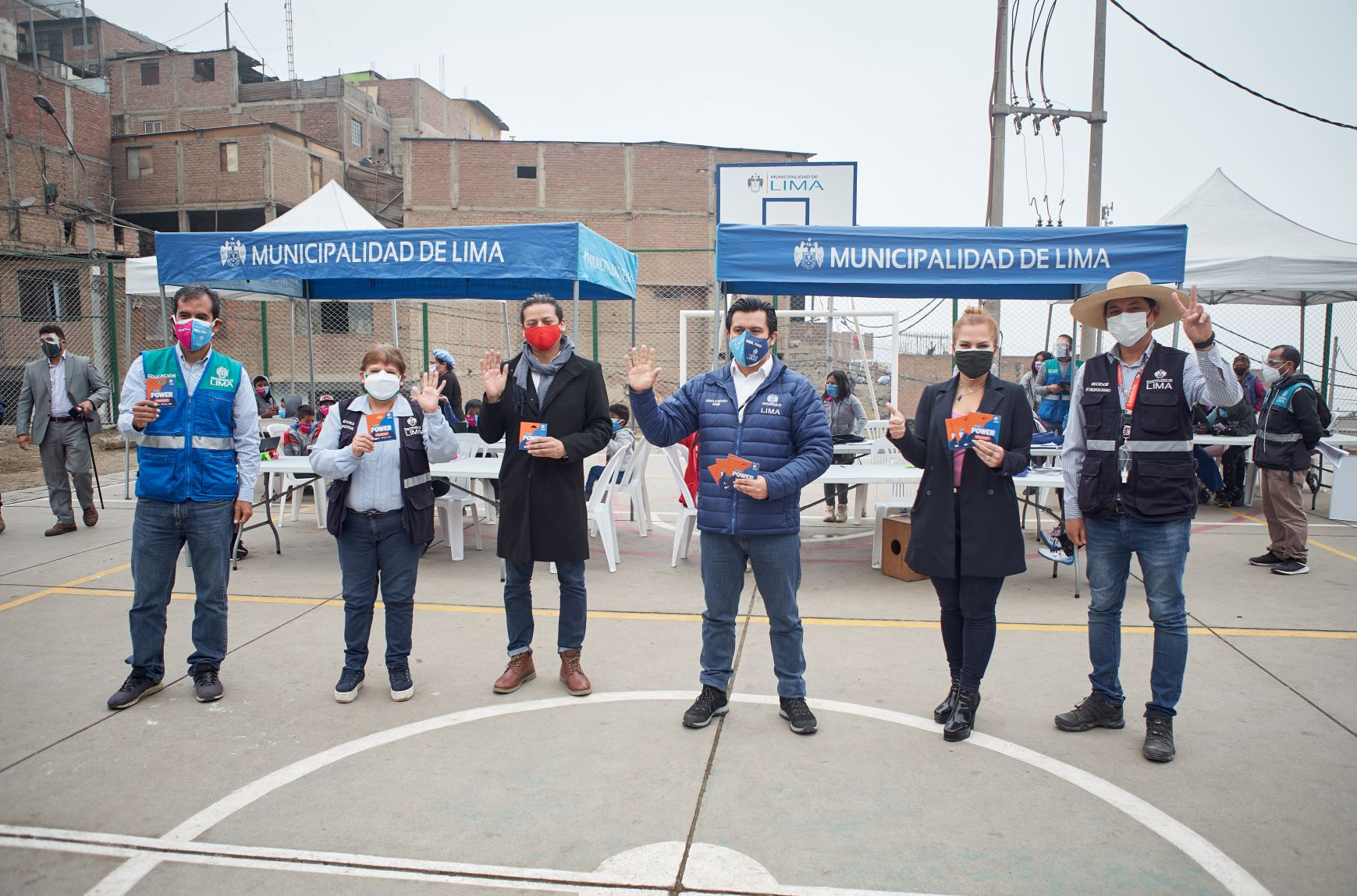 Entel dona a Fundación Lima seis mil chips para que menores continúen con sus clases virtuales