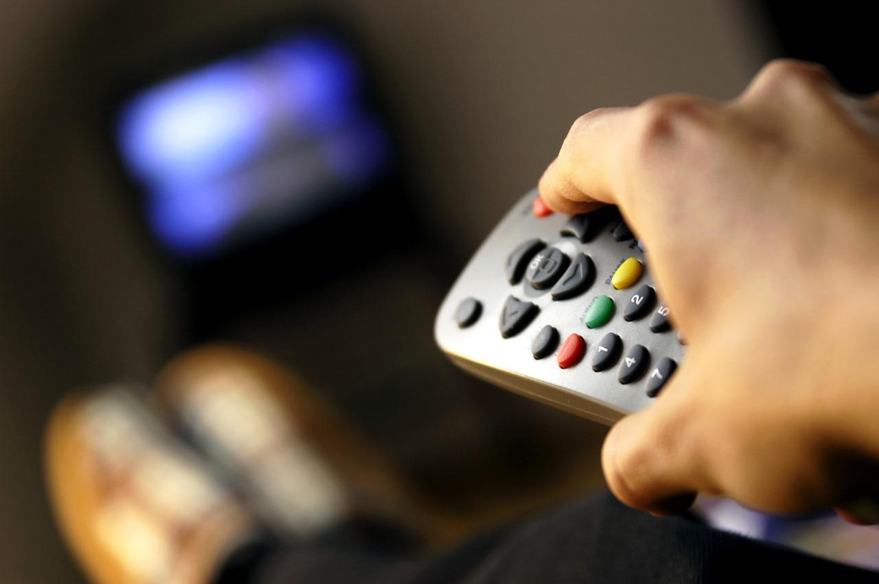 Usuarios de Lima, Callao y otras nueve regiones se beneficiarán con mayor oferta en televisión por cable por disposiciones regulatorias del OSIPTEL
