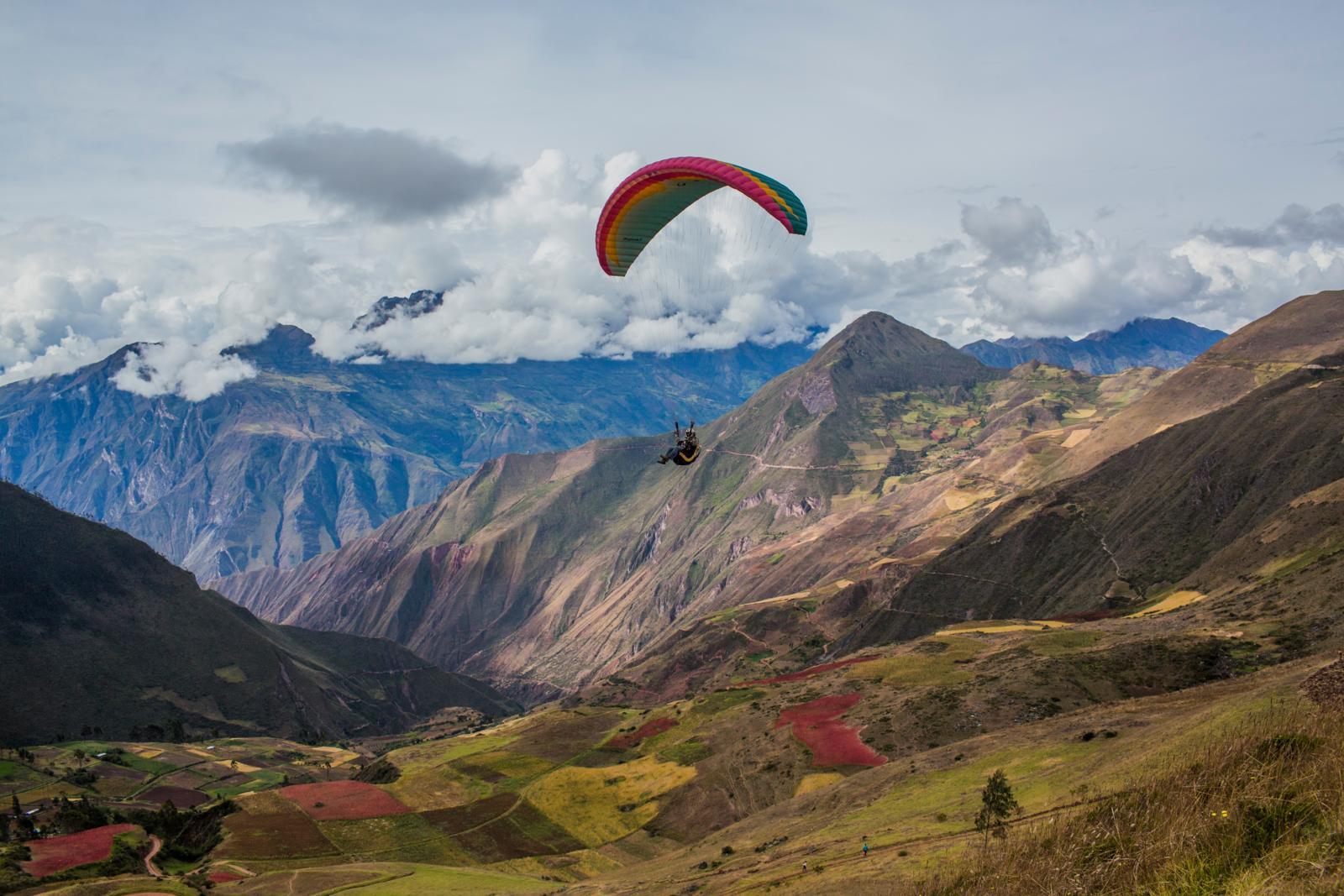 PROMPERÚ presenta estudio sobre los turistas latinoamericanos de aventura