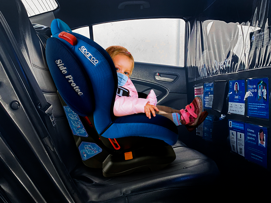 5 recomendaciones para desplazarse con niños de manera segura en auto