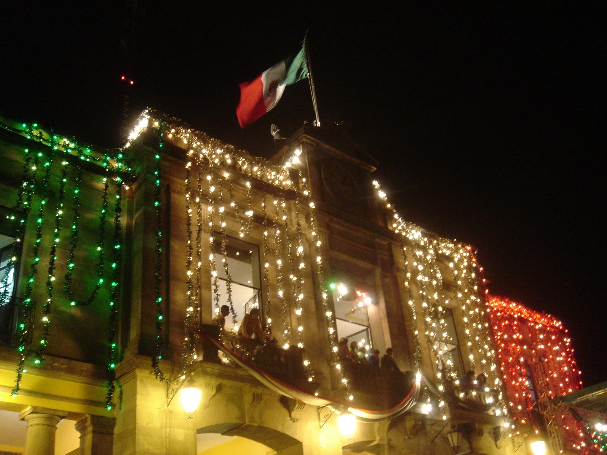 Festejemos México: Consejos para tomar mezcal como un verdadero experto