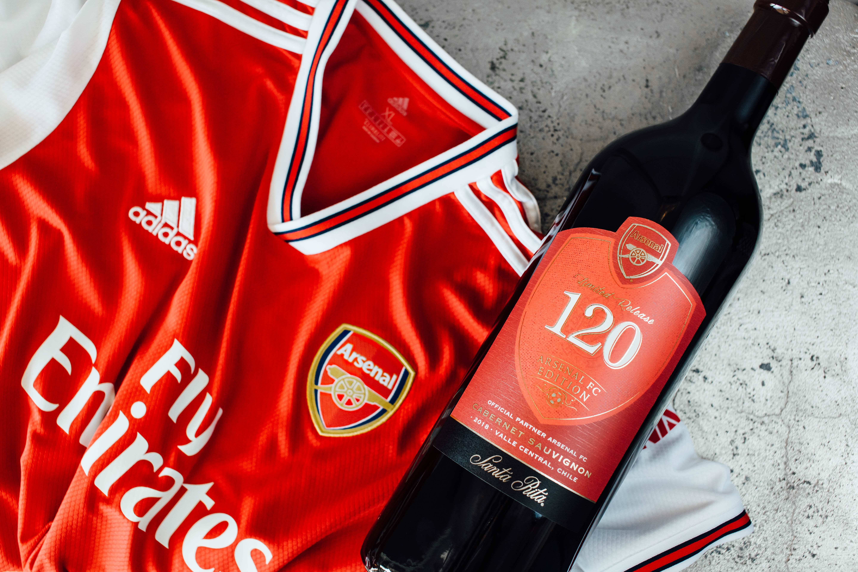 Viña Santa Rita presenta 120 Arsenal FC: El vino oficial de uno de los clubes de fútbol más importantes del mundo